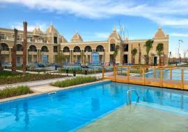 Hurghada utazás Titanic Royal Resort