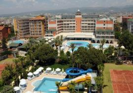 Alanya utazás Insula Resort & Spa