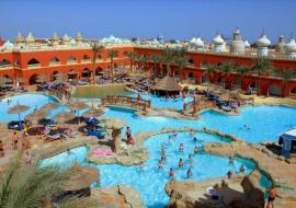 Kairó - Hurghada utazás Pickalbatros Alf Leila Wa Leila