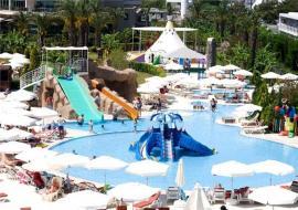 Antalya utazás Miracle Resort