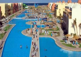 Hurghada utazás Titanic Beach