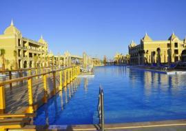 Hurghada utazás Titanic Royal