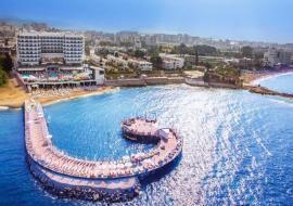 Alanya utazás Azura Deluxe Resort & Spa Hotel
