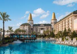 Antalya utazás Delphin Diva Premiere