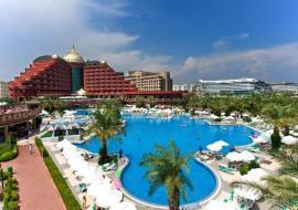 Antalya utazás Delphin Palace Hotel
