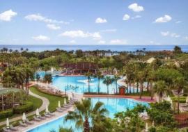Antalya utazás Lara Barut Collection
