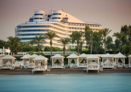Antalya utazás Titanic Beach Lara
