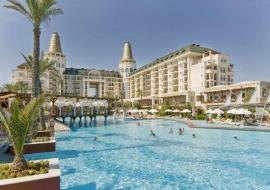 Antalya utazás Delphin Diva