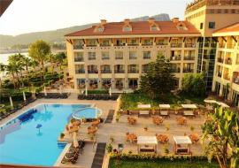 Fame Residence Kemer and Spa